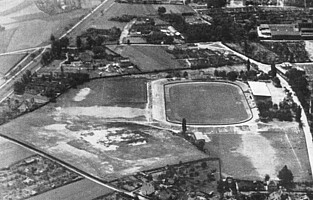 Luftbild des Ronhofs aus den 1950er Jahren.