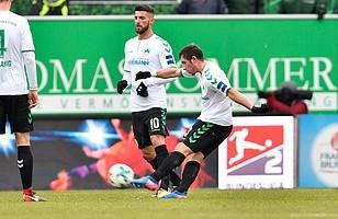 Maxi Wittek im Spiel gegen Darmstadt in der 45. Spielminute