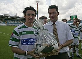 2006 wechselte Hilbert zum VfB Stuttgart, wurde deutscher Meister und Nationalspieler.