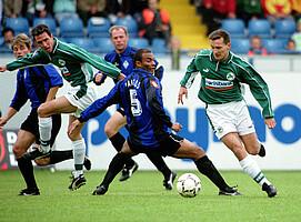 Mirko Reichel (links) und Frank Türr (rechts) gegen den SV Waldhof Mannheim.