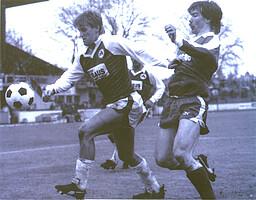 Manfred Kastl im Angriff in einem Bayernliga-Spiel der 80er Jahre.